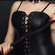Femme dominatrice Rennes