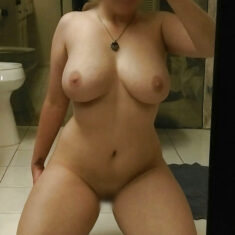 Maman gros seins Lanester