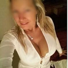 Sexe plan cul sans limite MILF à Lannion