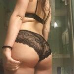 Pauline belle brune libertine cherche aventure sexe à Quimper