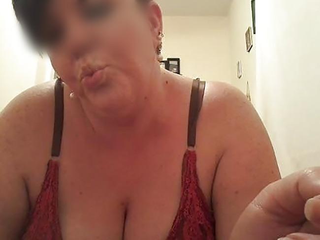 Sandra salope ronde baise à Guingamp